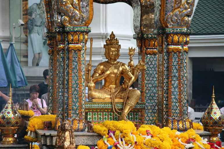 Erawan_Shrine_Ratchaprasong