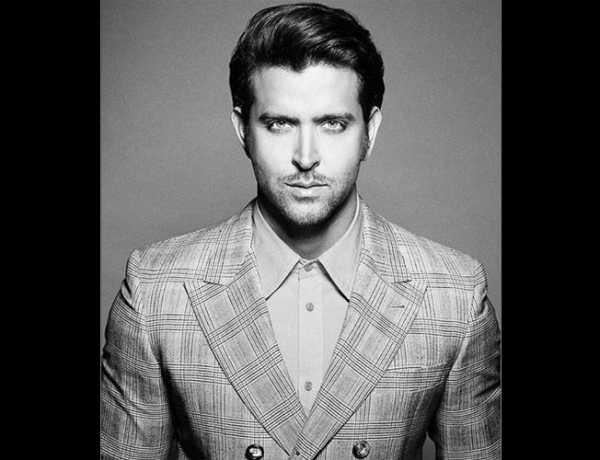 hrithik-roshan-proved-he-was-the-greek-god-every-guy-wants-to-be-652x400-11-1446033883